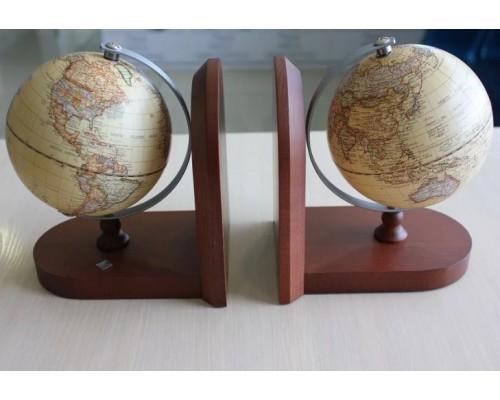 Букенды с глобусами Protege Caractere 12,5см на деревянной подставке бук коричневый 600976